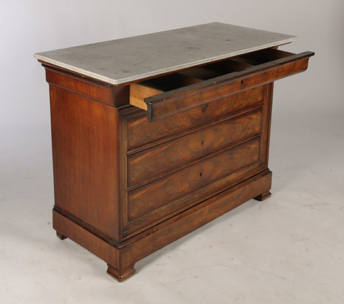 LOUIS PHILIPPE MAHOGANY COMMODE 5 DRAWERS - 5