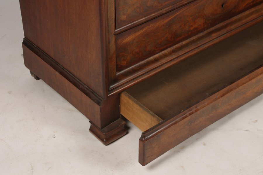 LOUIS PHILIPPE MAHOGANY COMMODE 5 DRAWERS - 8