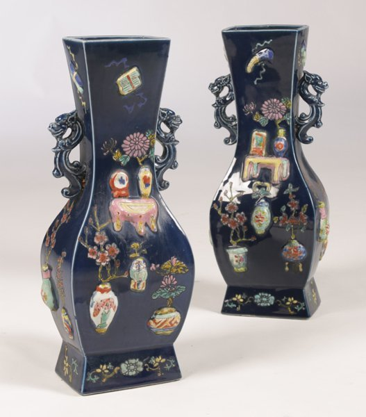 MID-LATE 20TH CENTURY PAIR OF CHINESE VASES