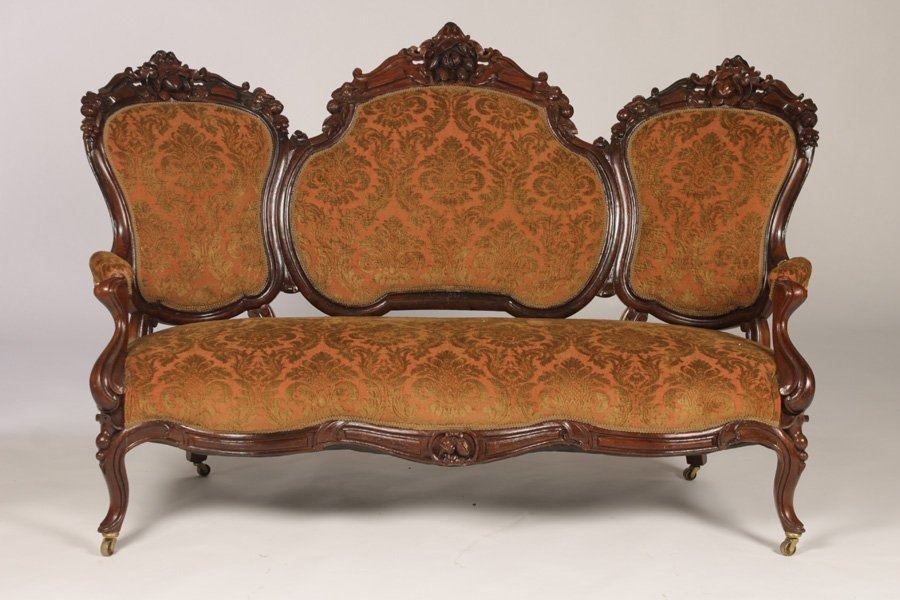 CARVED WALNUT VICTORIAN 3 PANEL SETTEE C. 1860