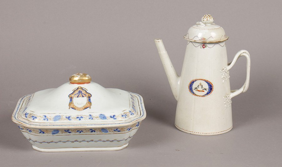 2 CHINESE EXPORT PORCELAIN ITEMS CIRCA 1780