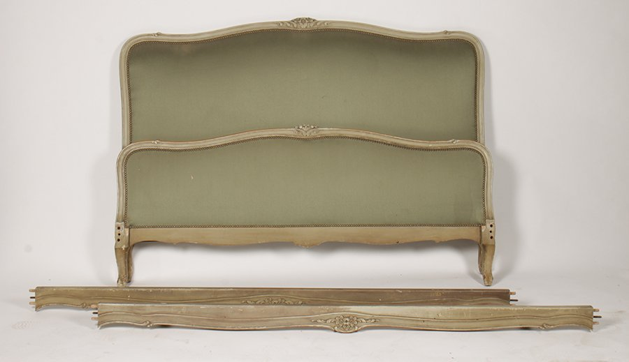 PAINTED CARVED QUEEN L. 15 UPHOLSTERED BED