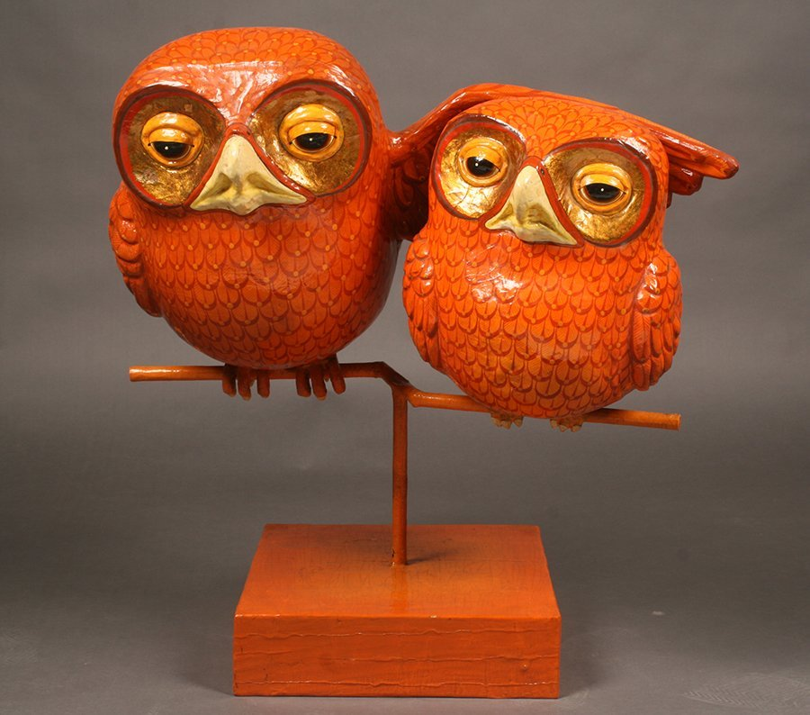 WHIMISICAL SIGNED BUSTAMANTE PAPIER MACHE OWL