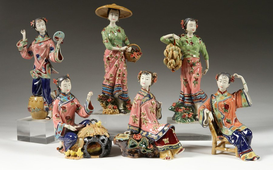 6 HANDPAINTED CHINESE PORCELAIN FIGURINES