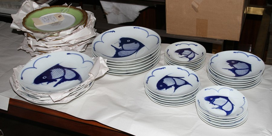 LIMOGE DINNER PLATES & CHINESE DINNERWARE SERVICE - 5