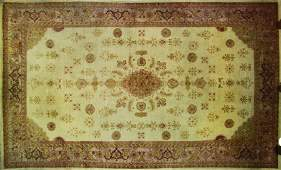 ORIENTAL RUG OVERALL PATTERN ROOM SIZED