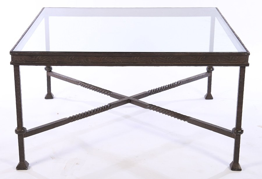 LARGE WROUGHT IRON COFFEE TABLE INSET GLASS TOP