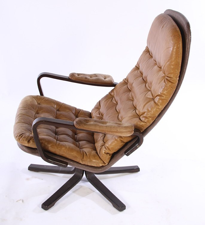 PAIR OF MID CENTURY MODERN LEATHER CHAIRS C.1970 - 3