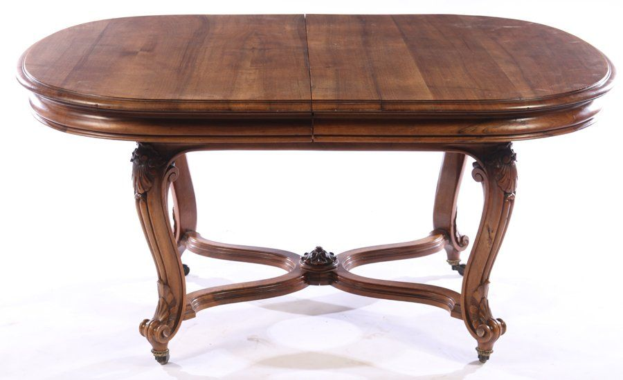 FRENCH 19TH CENT. LOUIS XV WALNUT DINING TABLE