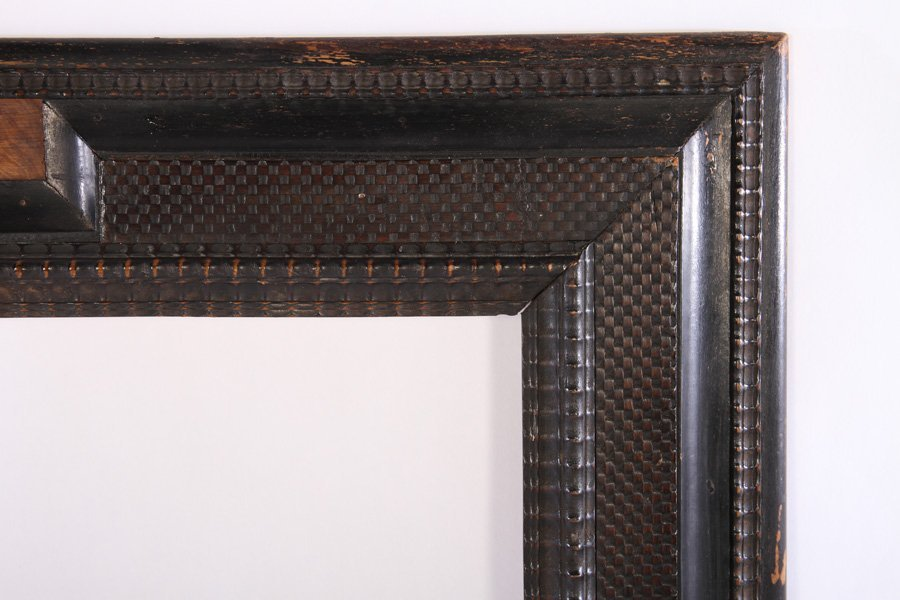 DUTCH STYLE CARVED WOODEN FRAME CIRCA 1940 - 2