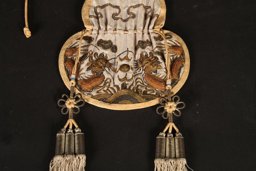 2 IVORY POTS ON STANDS & DRAWSTRING PURSE C.1900 - 5