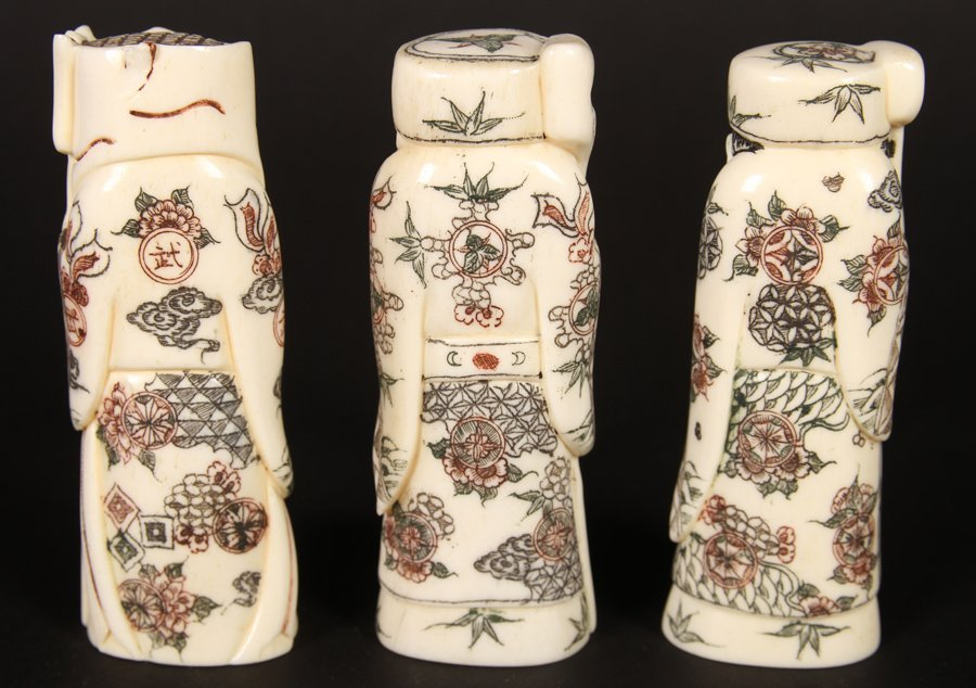 A GROUPING OF 3 FAUX IVORY DECORATIVE OKIMONO - 4