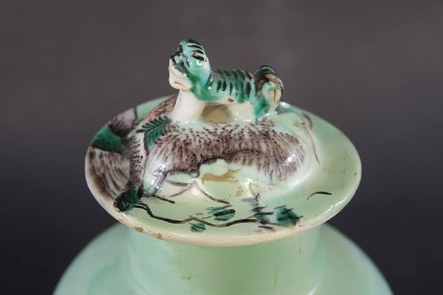PAIR CHINESE CELADON DECORATED LIDDED JARS - 3