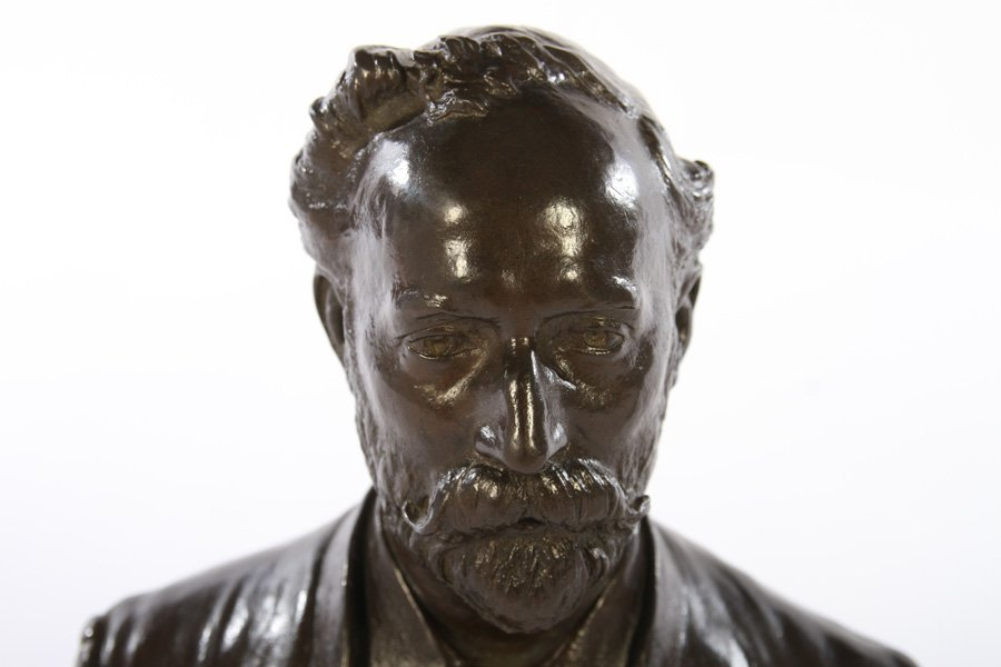 BRONZE BUST OF MAN SIGNED ALBERT TOFT C.1889 - 2