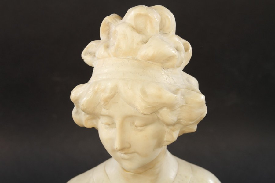 ALABASTER BUST OF WOMAN SIGNED CIPRIANI C.1900 - 2