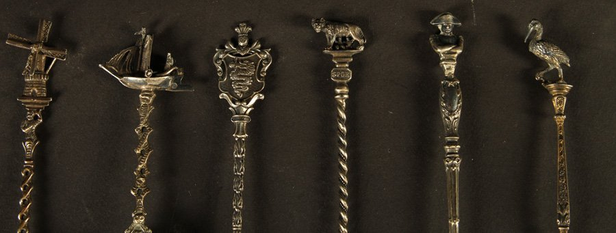 THIRTEEN TOURIST SPOONS STERLING SILVER C.1900 - 2