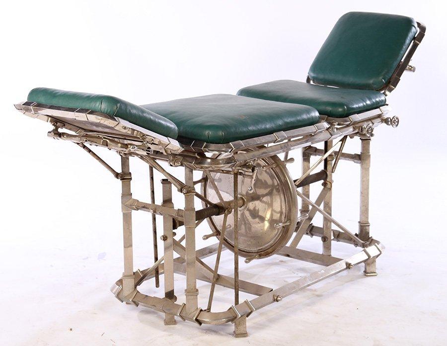 VINTAGE INDUSTRIAL MECHANICAL TABLE WHEEL ADJ