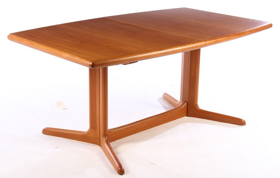 DANISH MODERN DINING TABLE 2 LEAVES PEDESTAL BASE