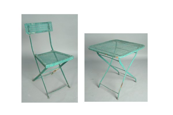 IRON TABLE CHAIRS BISTRO SET INCLUDING A FOLDING TABLE