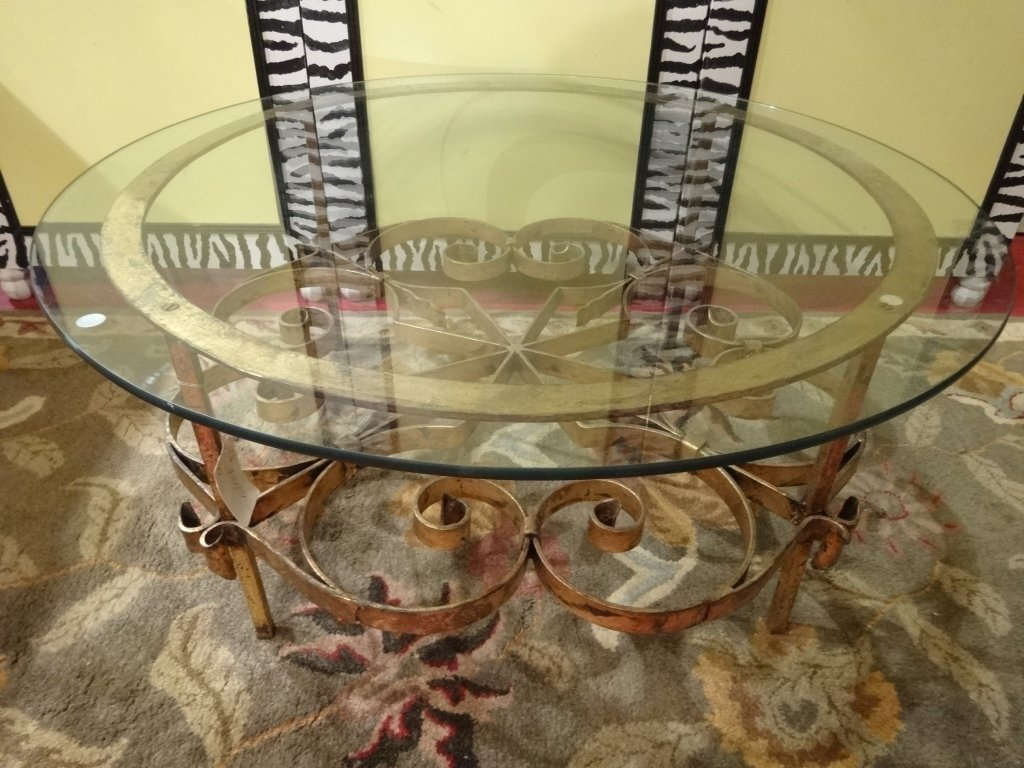 ORNATE ROUND METAL COFFEE TABLE, ANTIQUED GOLD FINISH,