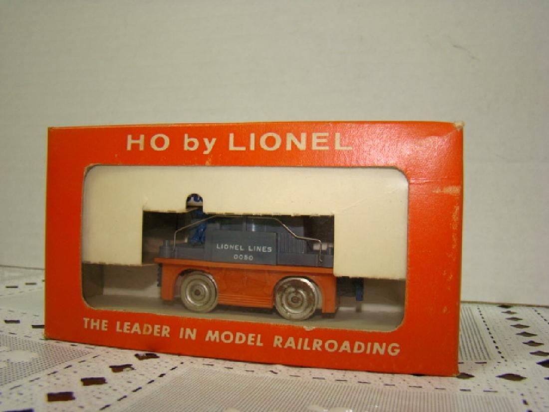 HO SCALE  ORANGE GANG CAR NIB BY LIONEL