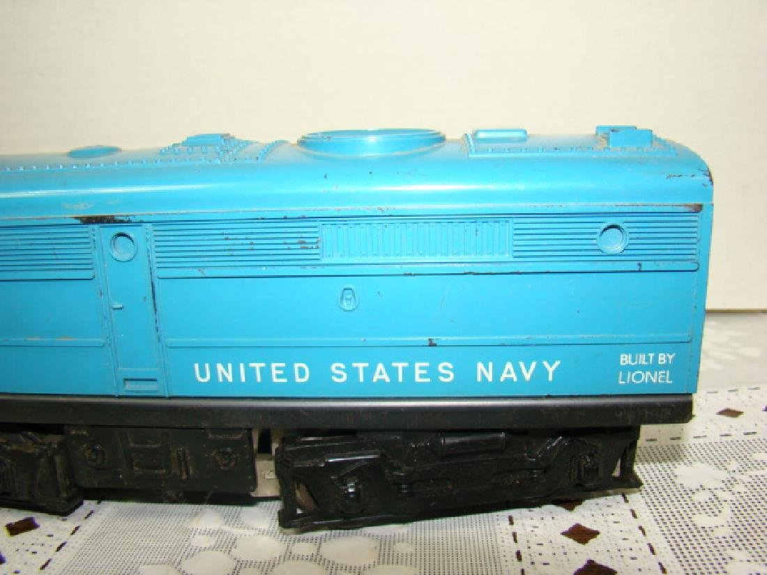 LIONEL UNITED STATES NAVY B-UNIT LOCOMOTIVE 224 - 2