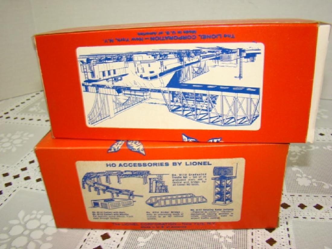 LIONEL HO TIMBER TRANSPORT  & COAL DUMP CAR-IN ORI - 5