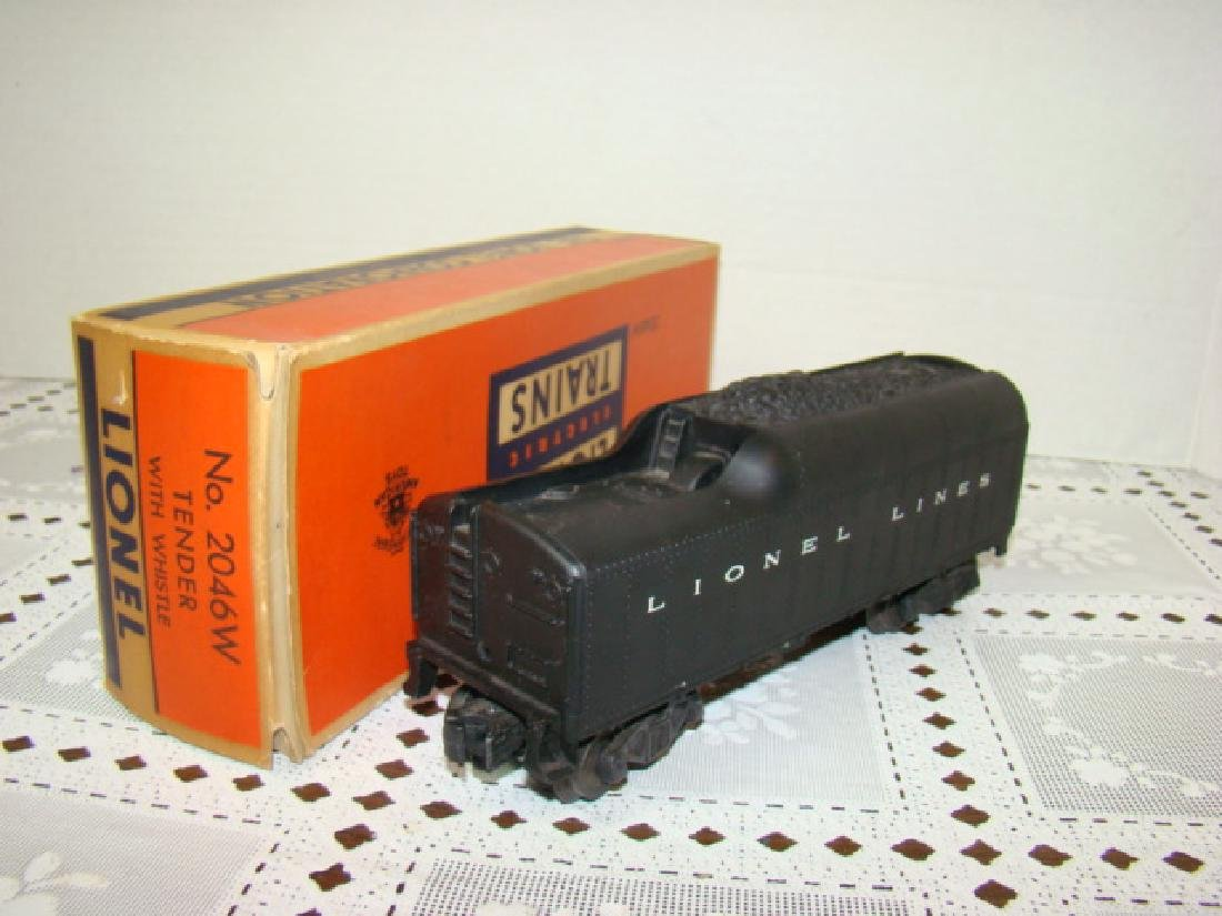 LIONEL TENDER WITH WHISTLE 2046W IN ORIGINAL BOX