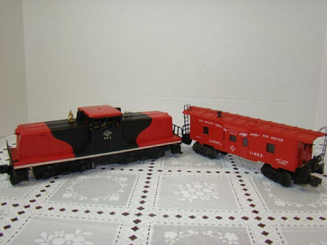 LIONEL TRAIN-BAY WINDOW CABOOSE & LEHIGH VALLEY