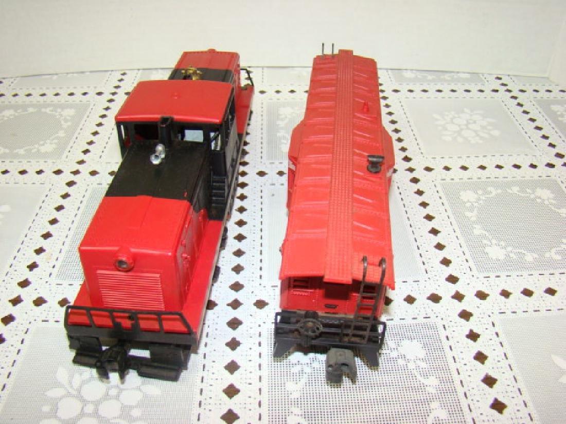 LIONEL TRAIN-BAY WINDOW CABOOSE & LEHIGH VALLEY - 5