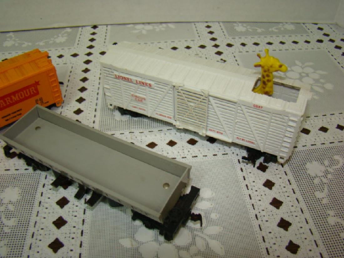 LIONEL HO SCALE CIRCUS CAR-OPERATING COAL DUMP - 2