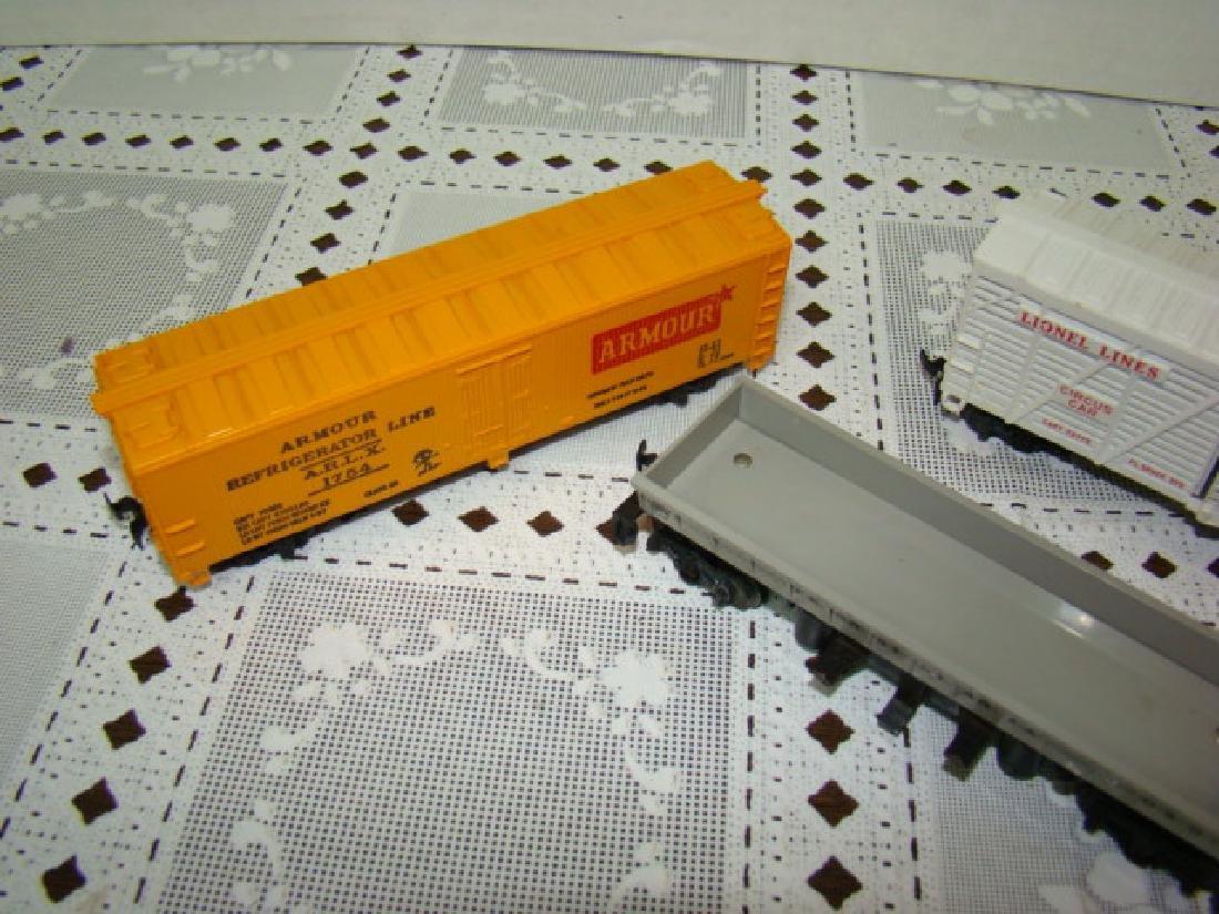 LIONEL HO SCALE CIRCUS CAR-OPERATING COAL DUMP - 3