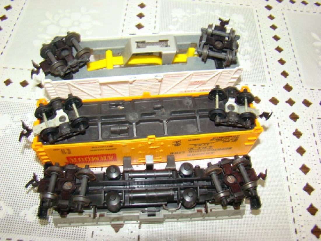 LIONEL HO SCALE CIRCUS CAR-OPERATING COAL DUMP - 6