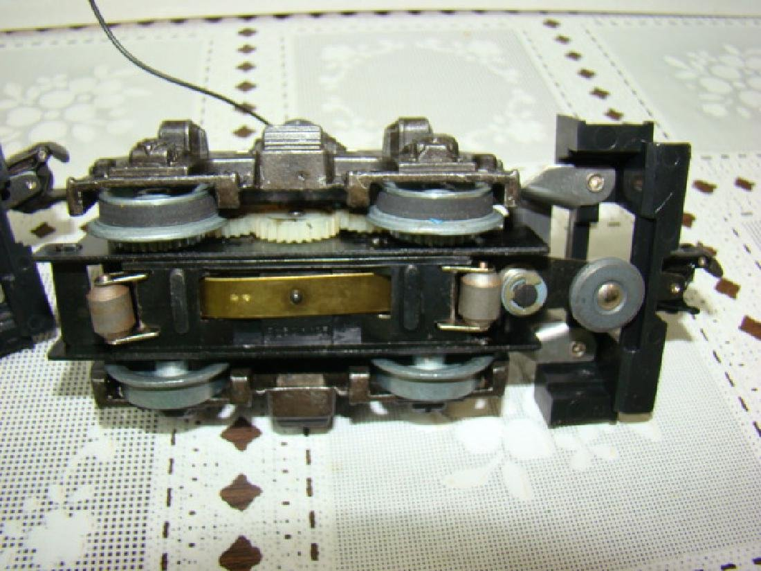 2 LIONEL 8250-125 MOTOR - 4