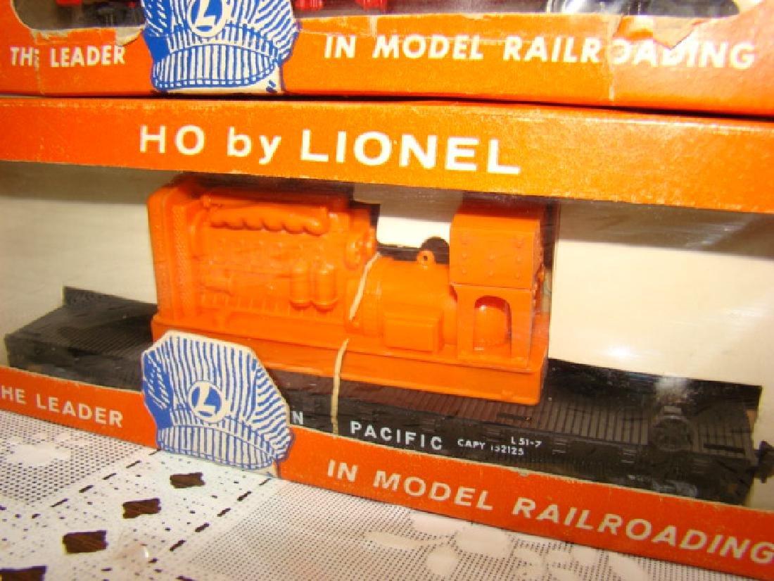 LIONEL HO - SANTA FE BOX CAR & EMERGENCY GENERATOR - 3