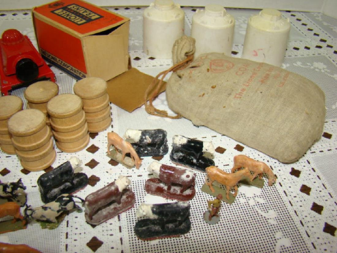 LIONEL CATTLE-HORSES-BUMPERS-COAL  & MORE - 2