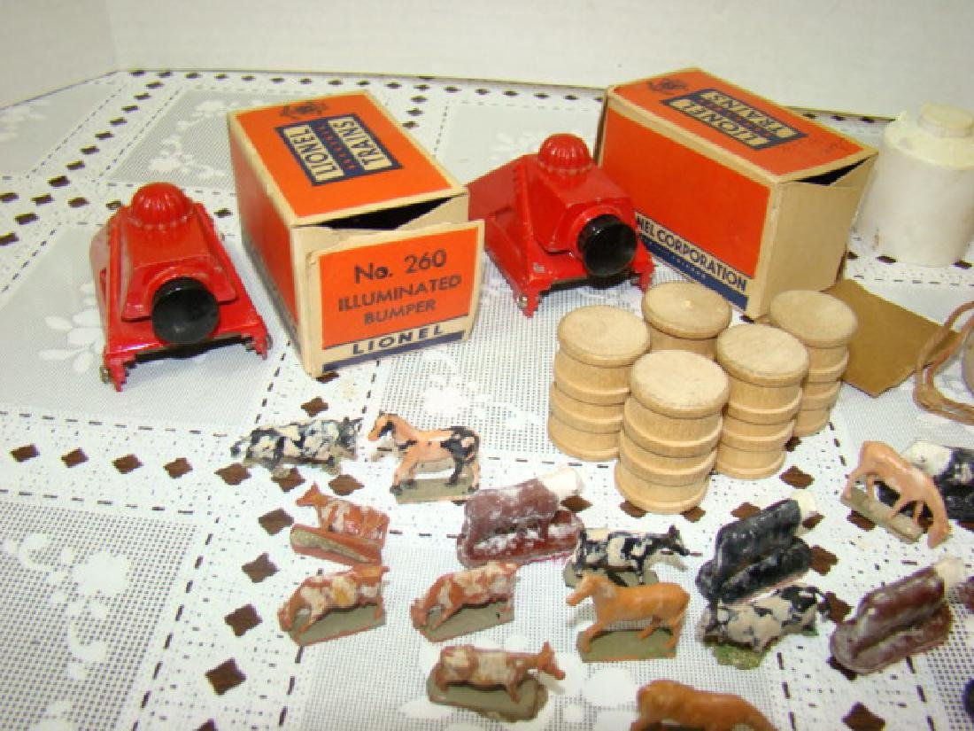LIONEL CATTLE-HORSES-BUMPERS-COAL  & MORE - 3