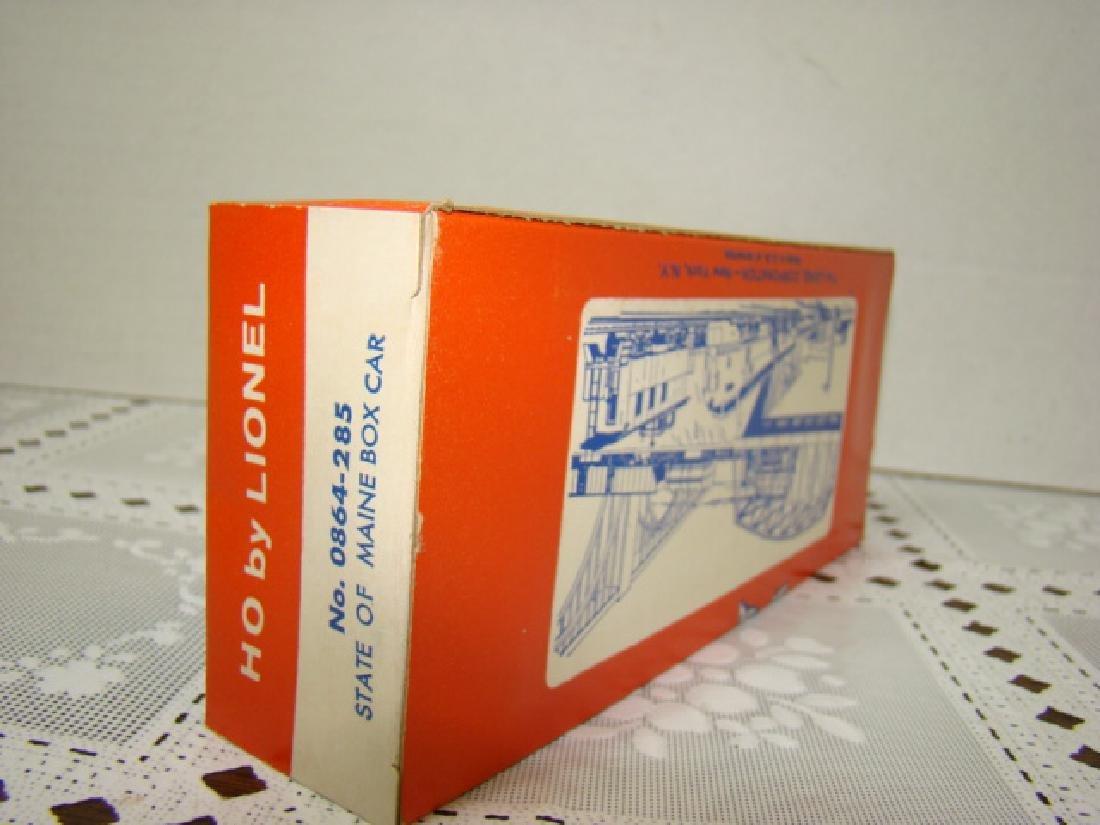 LIONEL HO STATE OF MAINE BOX CAR - IN ORIGINAL BOX - 3
