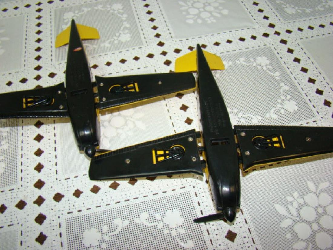 2 LIONEL TRAIN- YELLOW & BLACK AIRPLANES - 5