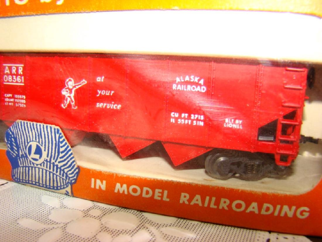 LIONEL HO ANIMATED CIRCUS CAR & ALASKA HOPPER CAR- - 3