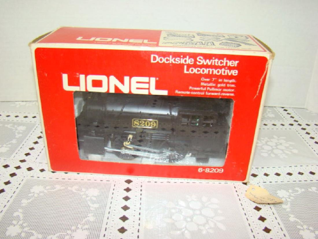LIONEL DOCKSIDE SWITCHER LOCOMOTIVE IN ORIGINAL BO