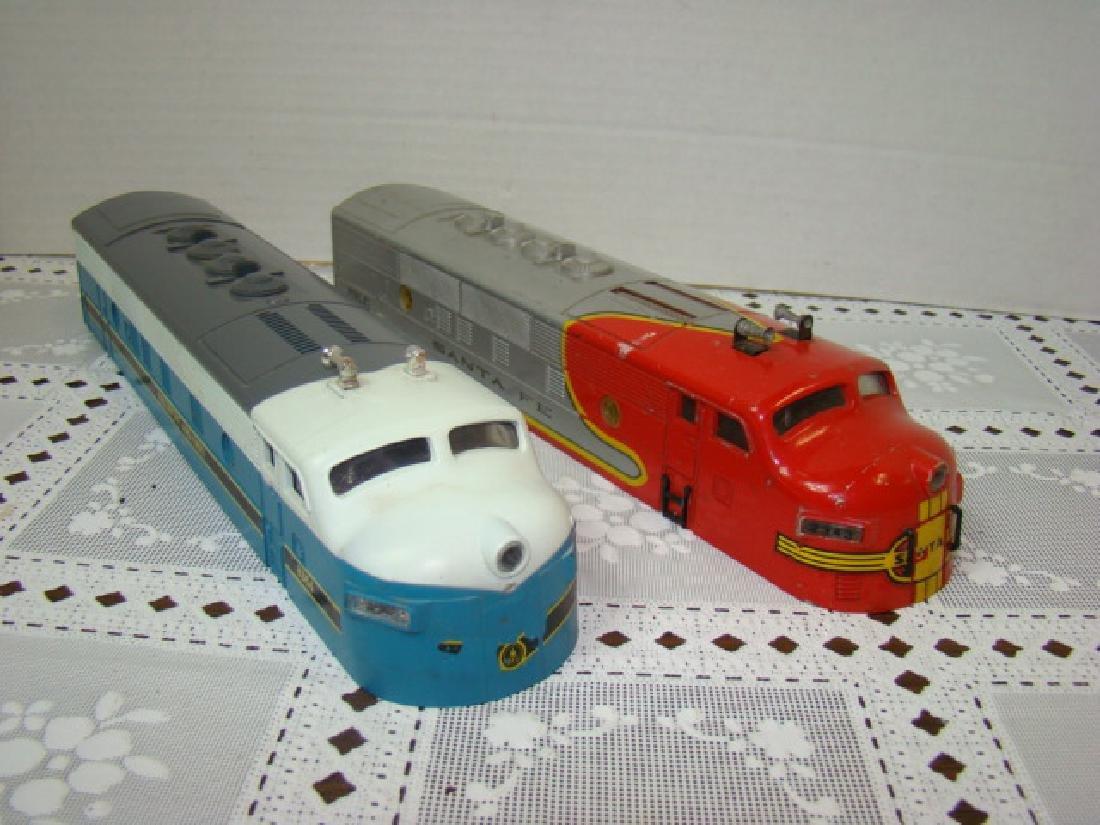 2 LIONEL TRAINS LOCOMOTIVE CAPS