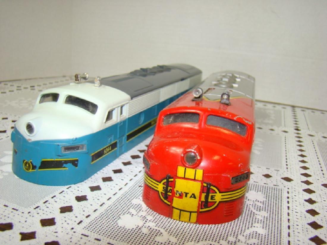 2 LIONEL TRAINS LOCOMOTIVE CAPS - 5