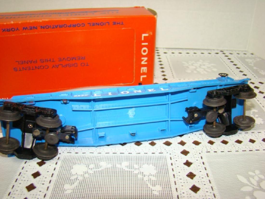 LIONEL TRAIN FLAT CAR WITH OPERATING SUBMARINE NIB - 6