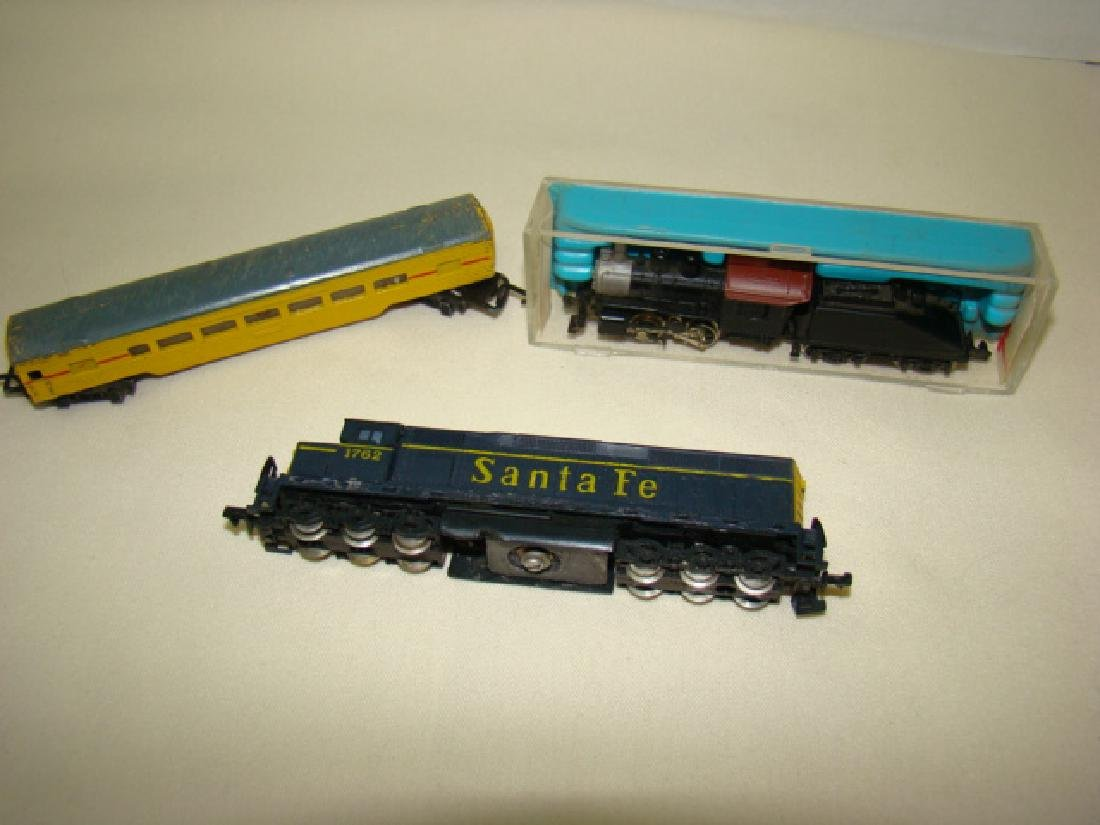 ATLAS N SCALE STEAM LOCO 2185-SANTA FE AND LONE ST
