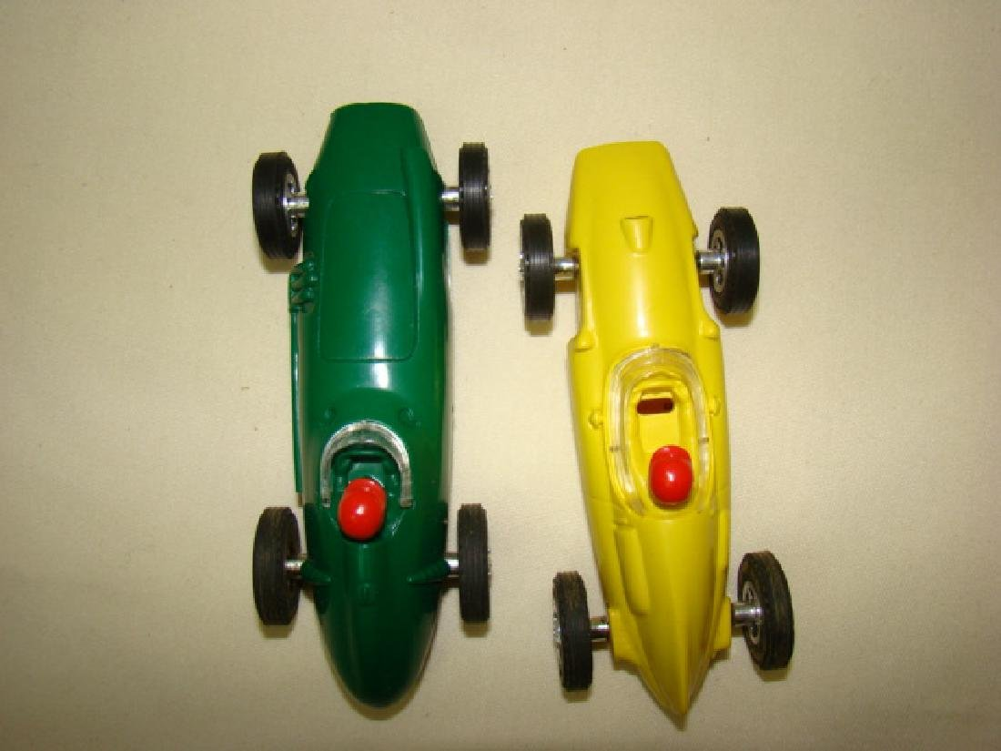 2 VINTAGE LIONEL RACE CARS - 4