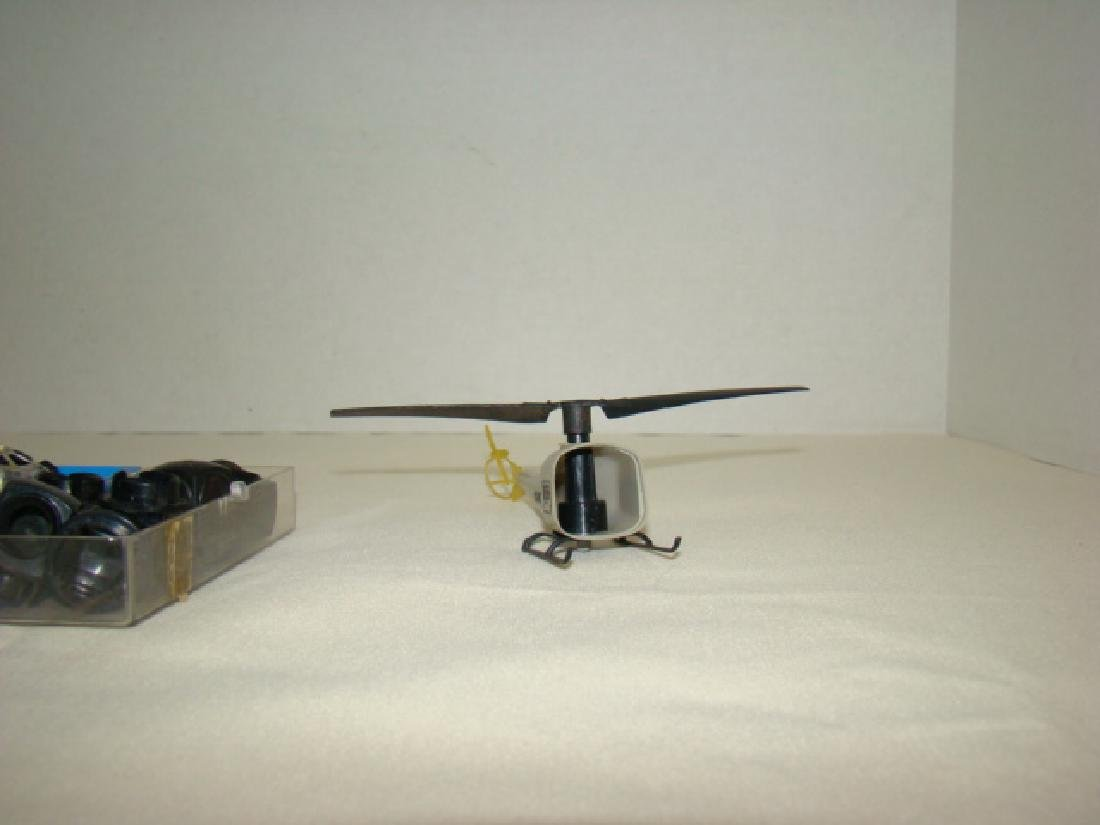 LIONEL TRAINS-SATELLITE-USMC HELICOPTER & MORE - 3