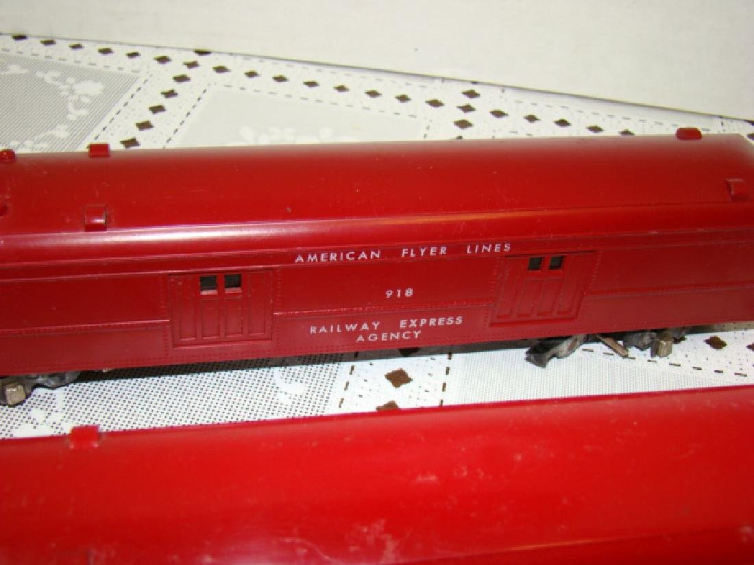 2 AMERICAN FLYER RAILWAY EXPRESS AGENCY CARS - 6