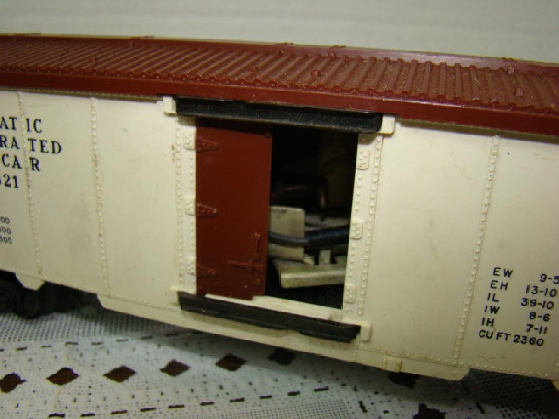 LIONEL SANA FE A.T.S.F.9280 BOX CAR WITH HORSE HEA - 7