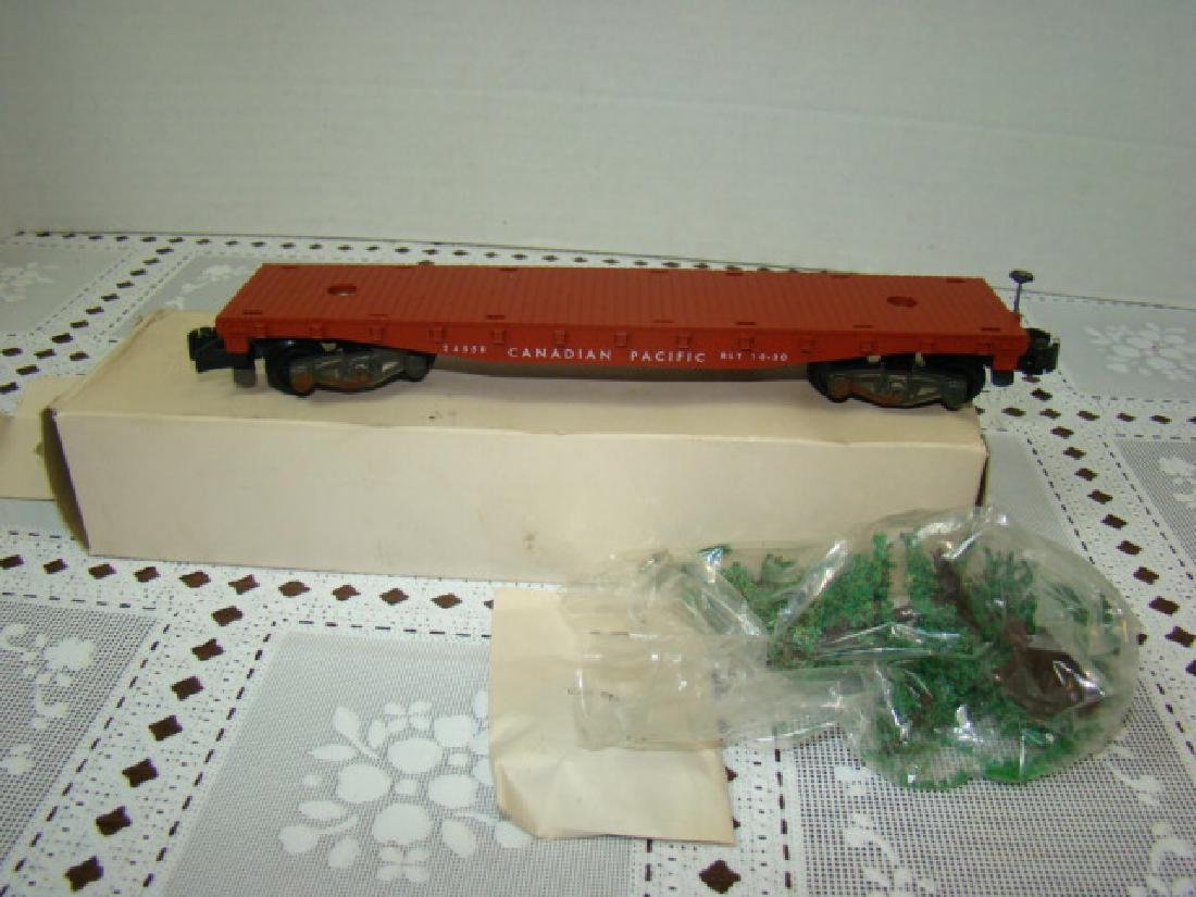 AMERICAN FLYER LINES CHRISTMAS TREE FLAT CAR NIB